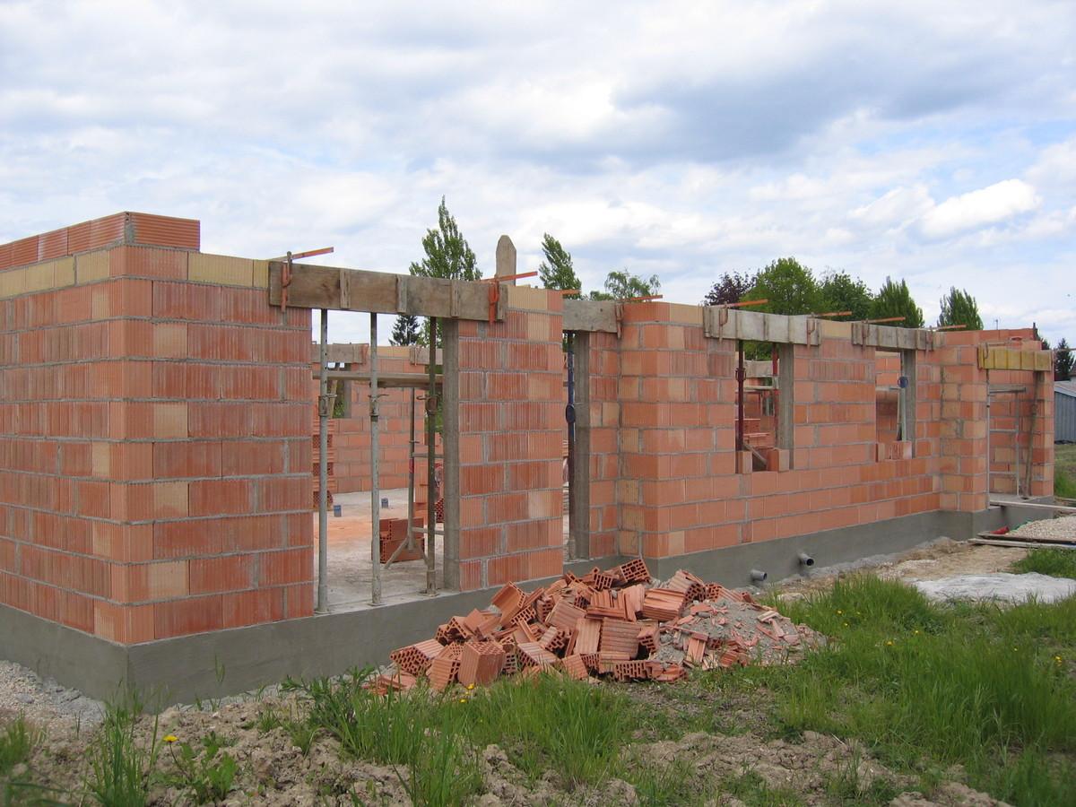 La brique notre sp cialit b tir ensemble - Photo de mur en brique ...